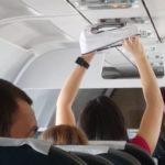 飛行機で下着を乾かす