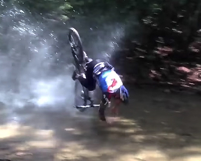 マウンテンバイク転倒