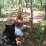 警察犬が犯人を見つける