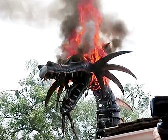 ディズニーで火災