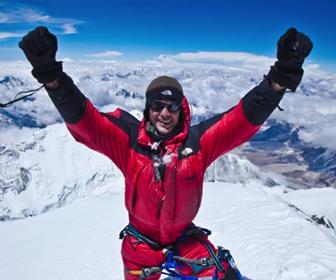 エベレストにアタック