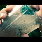 【動画】海の水を飲んだらどうなるか?
