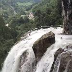 ネパールの山道